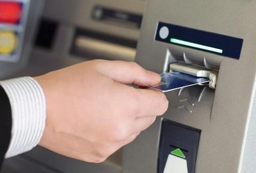 Để kích hoạt thẻ ATM lần đầu, bạn cần thực hiện ở cây ATM